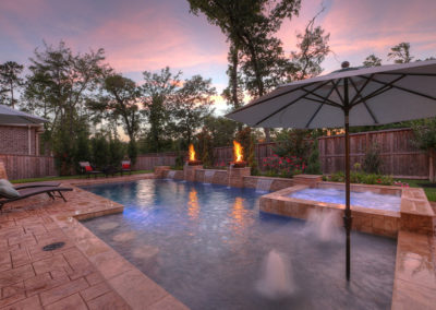 Regal Pools - Residential Spa W_Feat